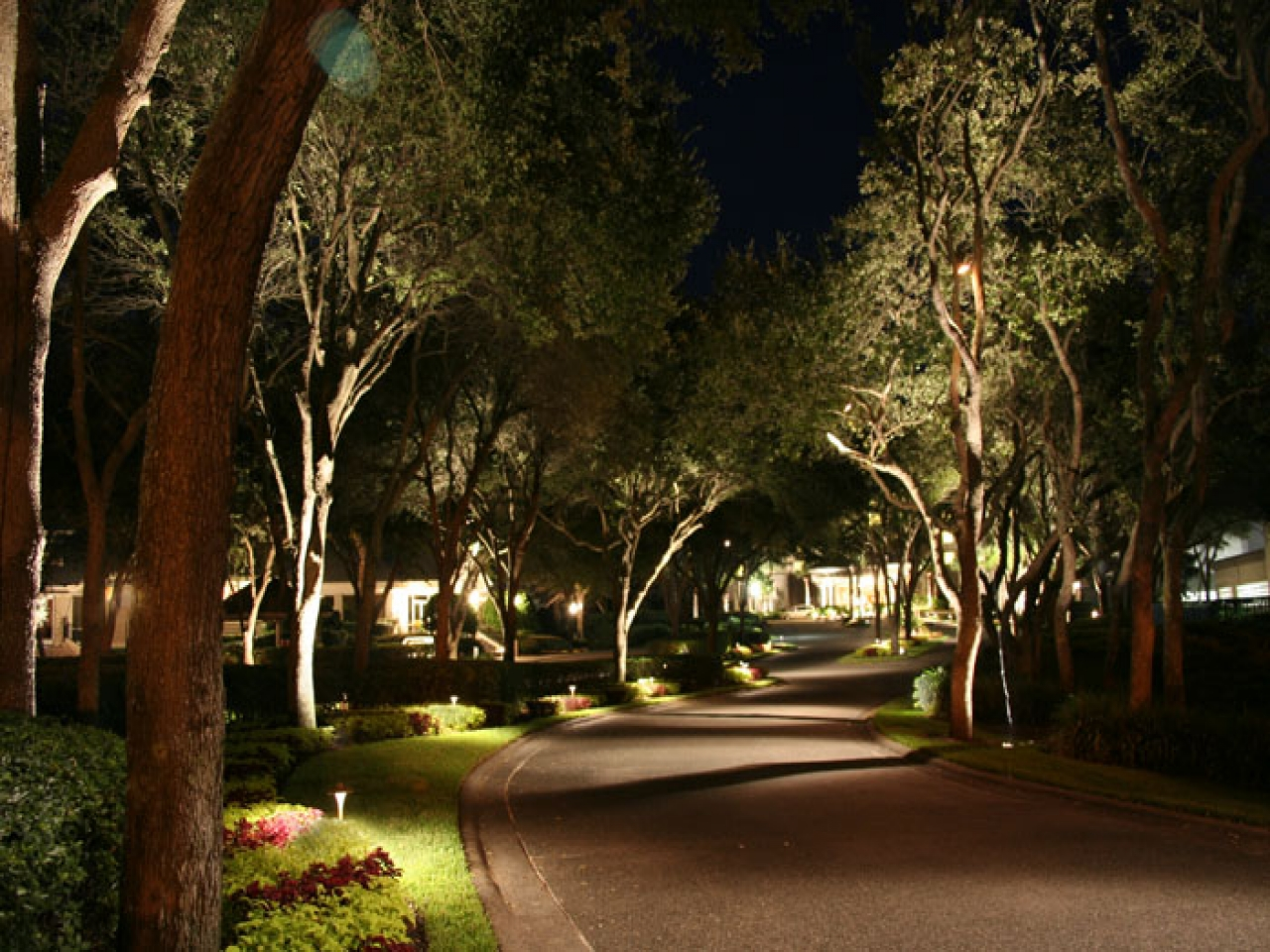 landscape lighting styles traditions