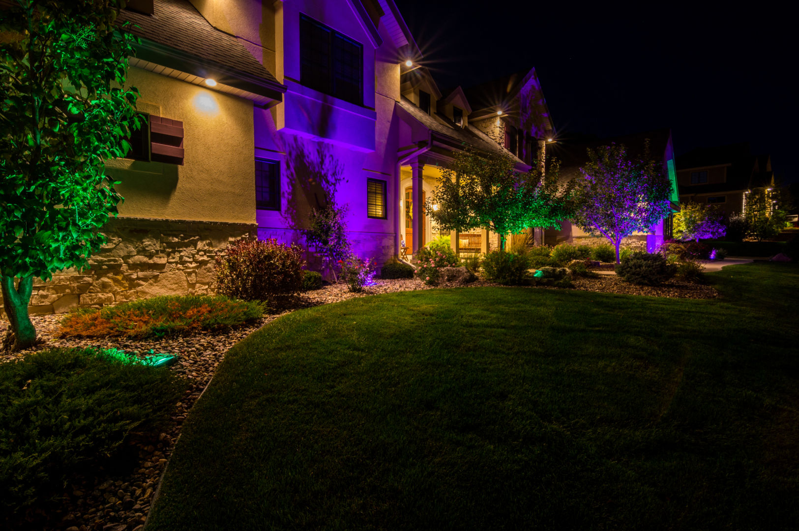 Landscape Lighting Hub System : Lighting styles traditions